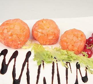 Рецепт Новогодние шары из лосося