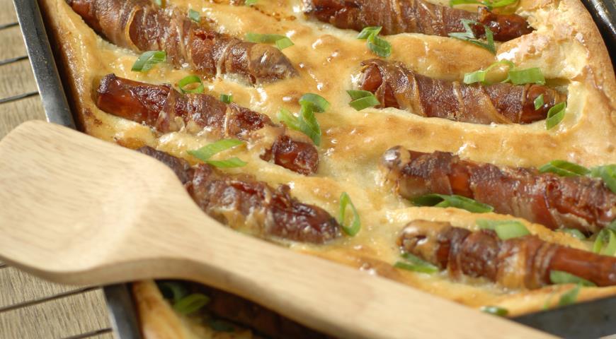 Рецепт Пирог с сосисками