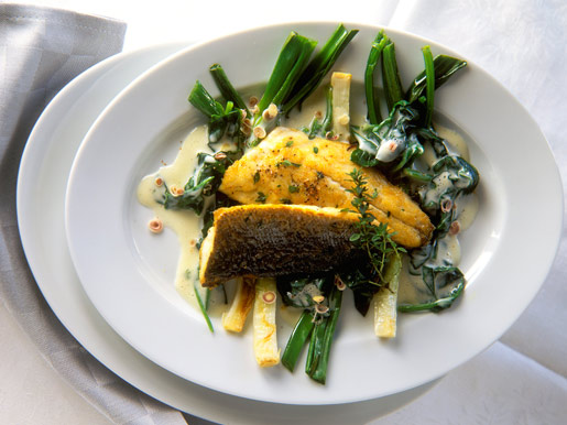 Рецепт Запеченное филе сибаса с картофелем фри