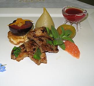 Рецепт Утка в восточных специях с грушами и инжиром