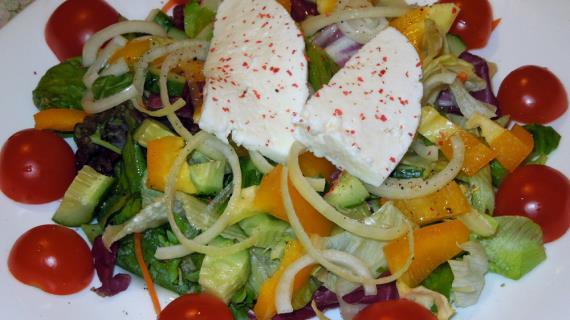 Греческий салат с сыром тофу, пошаговый рецепт с фото