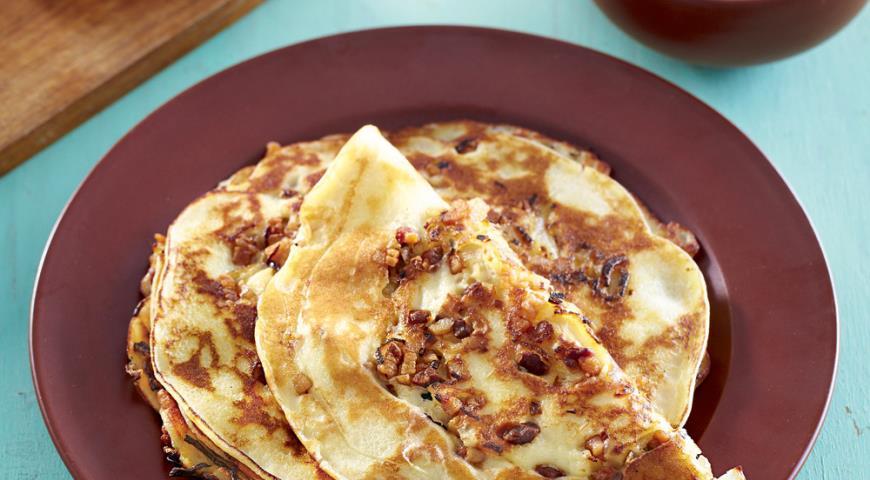 Рецепт Блины на кефире с луком и шкварками