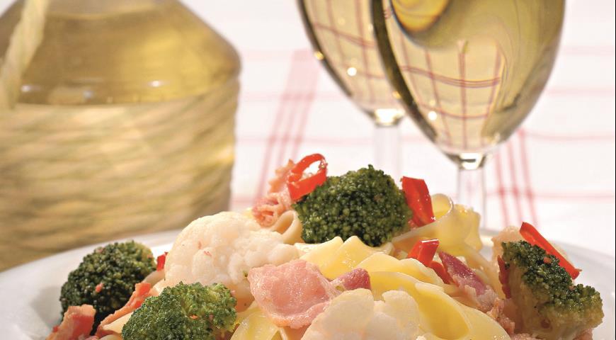 Рецепт Тальятелле с цветной капустой и брокколи