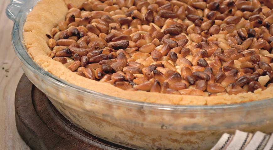 Рецепт Пирог с кедровыми орешками