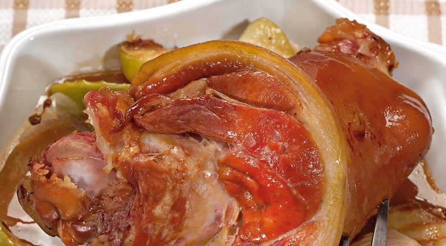 Рецепт Окорок в яблочном соусе