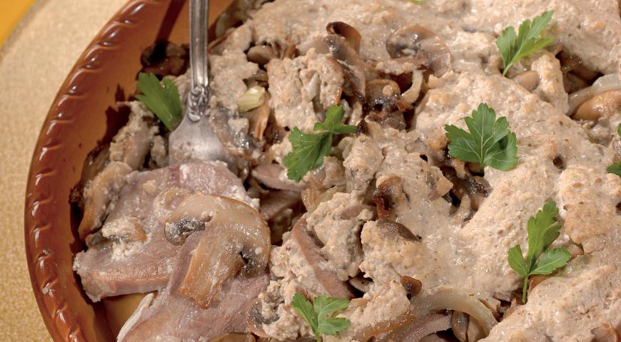Рецепт Говяжий язык в ореховом соусе