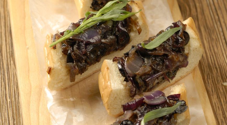 Рецепт Хлеб с карамелизованным луком