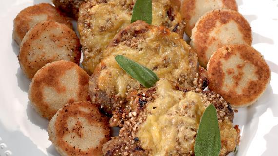 Шейка с картофельными крокетами