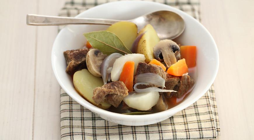 Рецепт Овощи с мясом и грибами