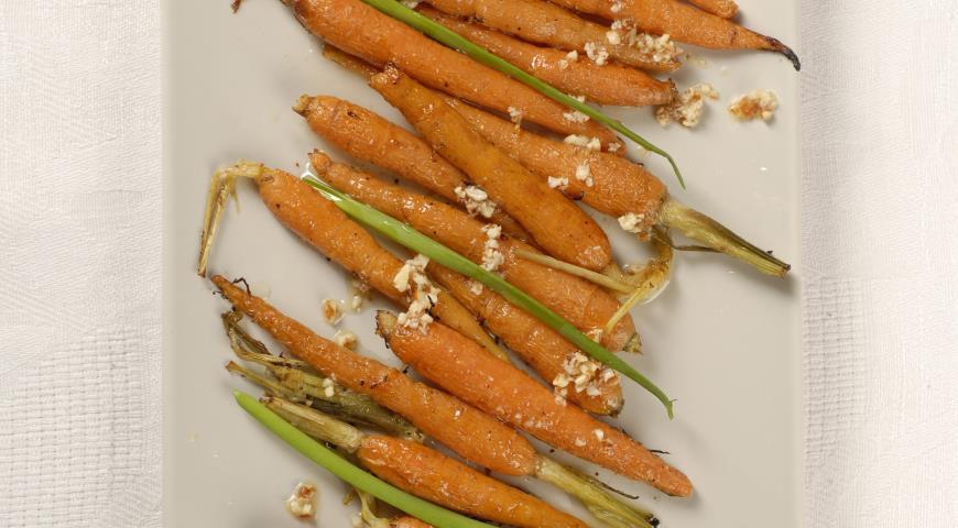 Рецепт Молодая морковка в миндальном масле