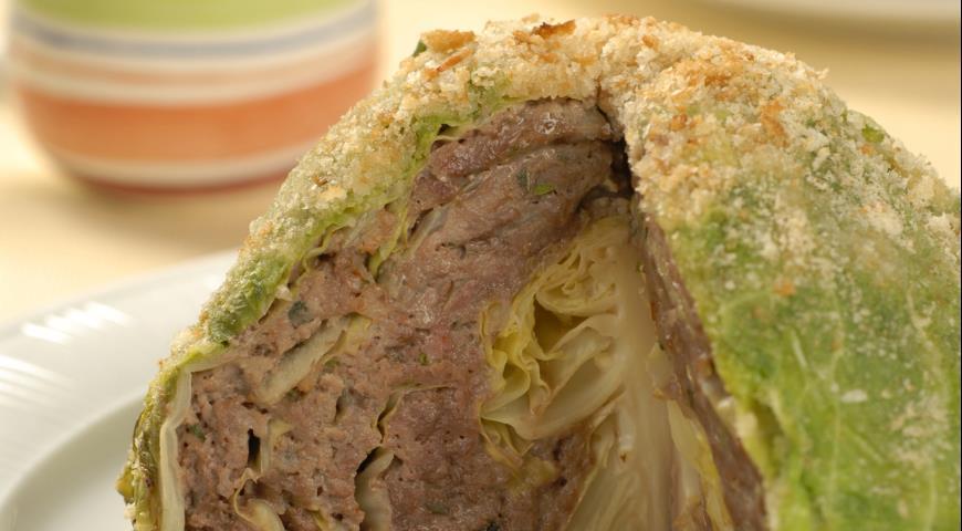 Рецепт Молодая капуста, фаршированная мясом