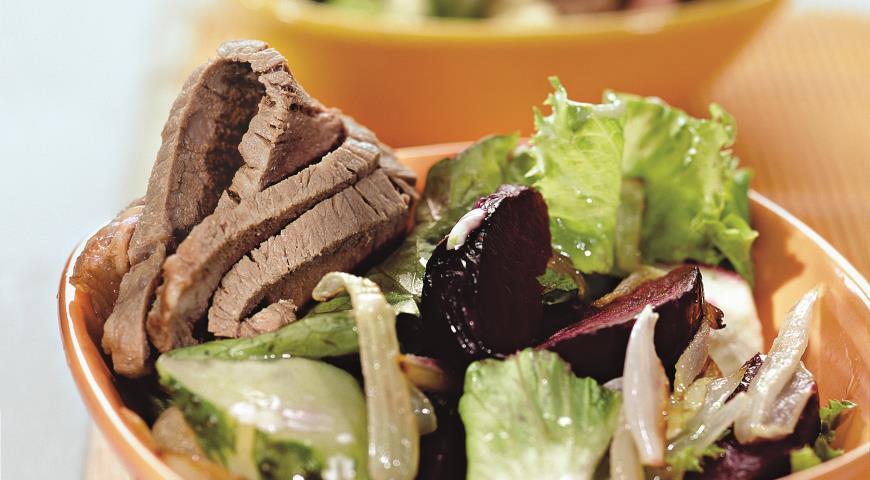 Рецепт Свекольный салат с говядиной
