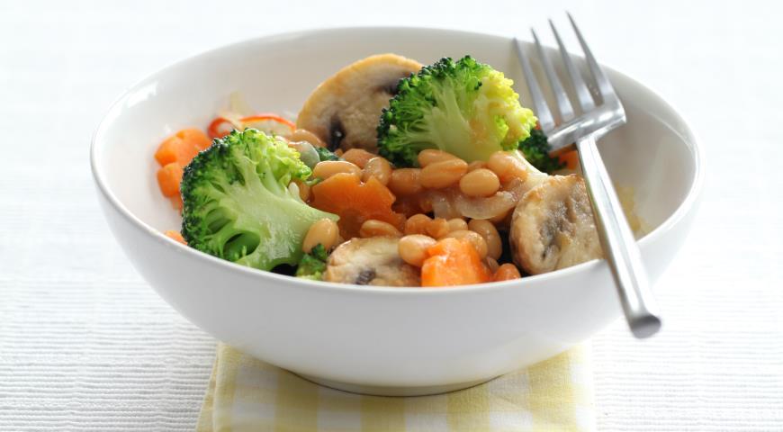 Рецепт Овощное рагу с фасолью и грибами