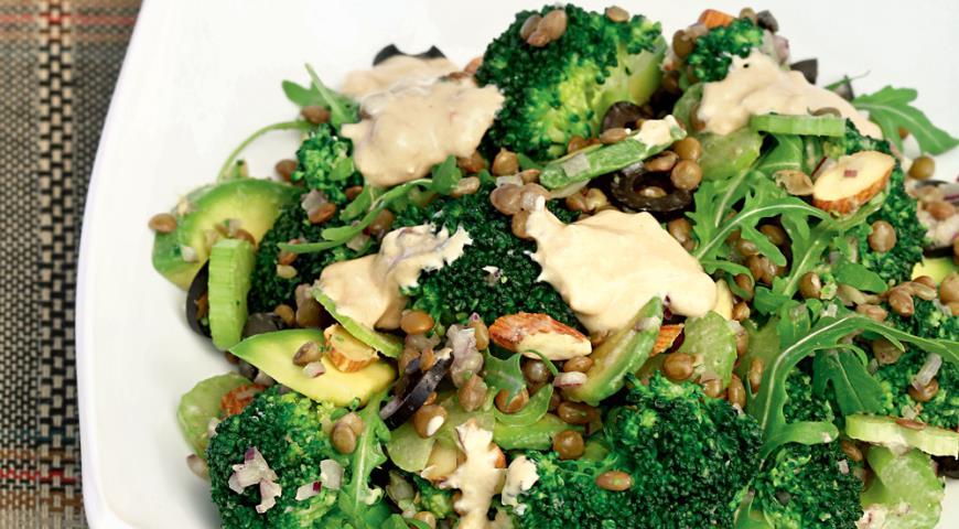 Салат из брокколи с чечевицей, пошаговый рецепт с фото