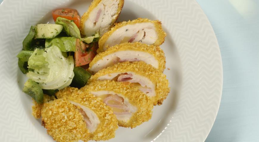 Рецепт Кордон блю со сливочно-чесночным соусом