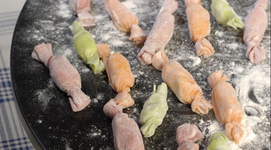 Рецепт Конфетки из пасты с творожной начинкой