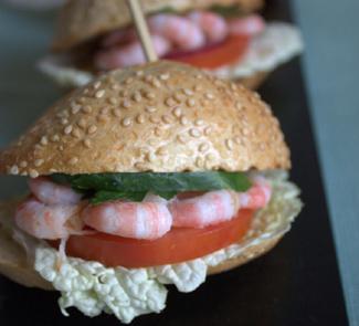 Рецепт Бургеры с креветками и соусом айоли