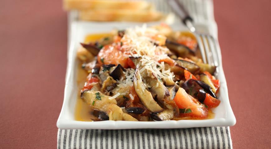 Рецепт Жареные баклажаны с помидорами
