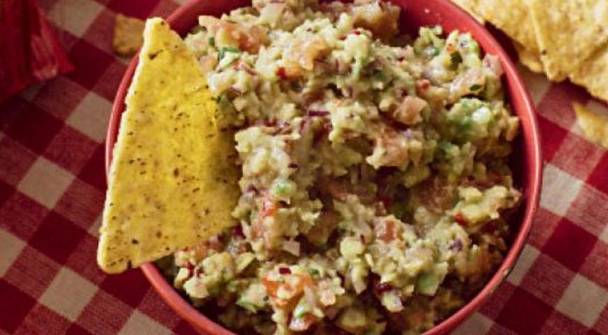 Рецепт Гуакамоле с чипсами начос