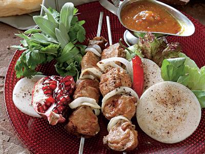 Люля-кебаб на шпажках в духовке – кулинарный рецепт