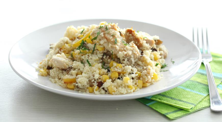 Рецепт Салат из курицы с кускусом и овощами