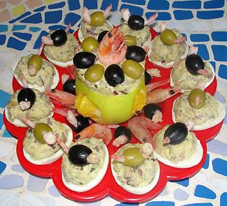 Рецепт Фаршированные яйца с креветками Пир Викингов