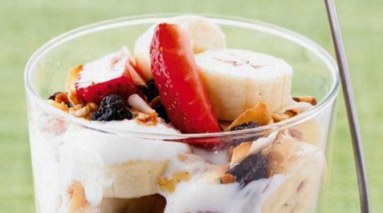 Рецепт Фруктовые мюсли на завтрак