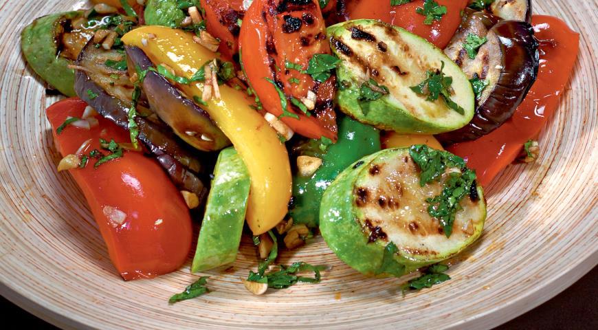 Овощные салаты из жареных овощей
