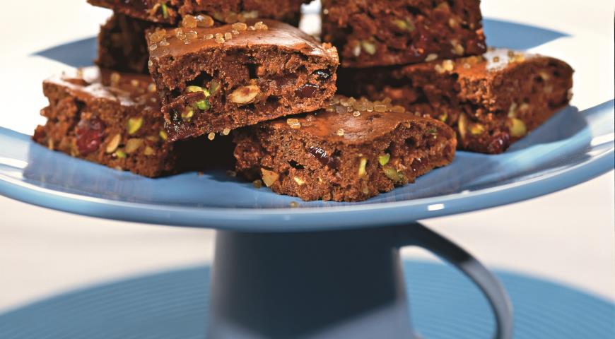 Рецепт Шоколадные бисквиты с клюквой и фисташками
