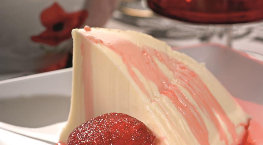 Рецепт Панакотта с ванильно-ягодным соусом