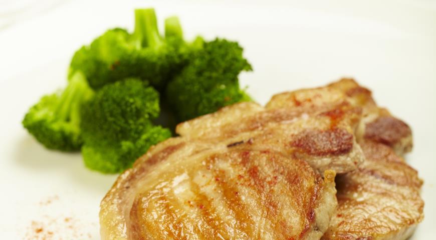 Рецепт Свиные отбивные с нектаринами
