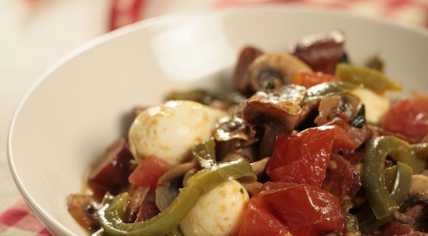 Рецепт Лечо с копченой колбасой