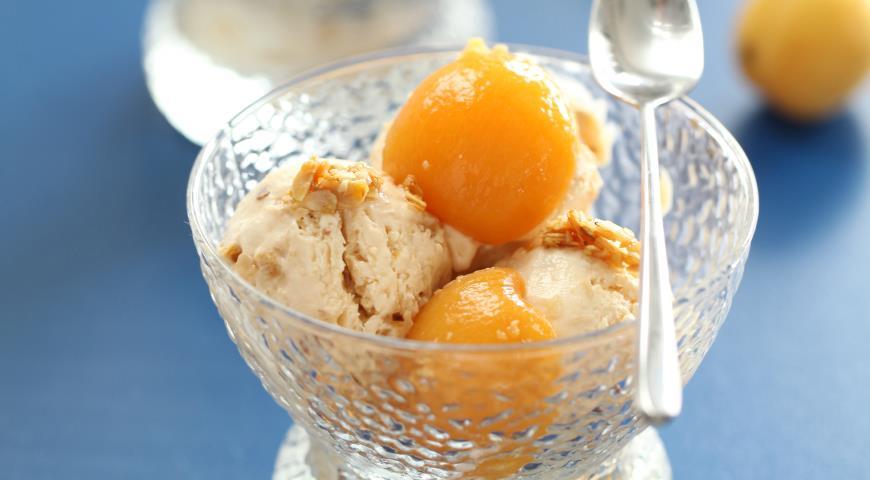 Рецепт Семифредо с пьяными абрикосами