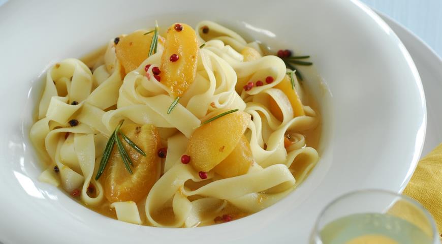 Рецепт Тальятелле с абрикосами
