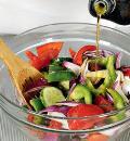 Критский греческий салат. Шаг 1