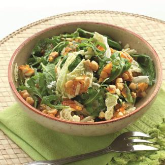 Рецепт Зеленый салат с миндалем