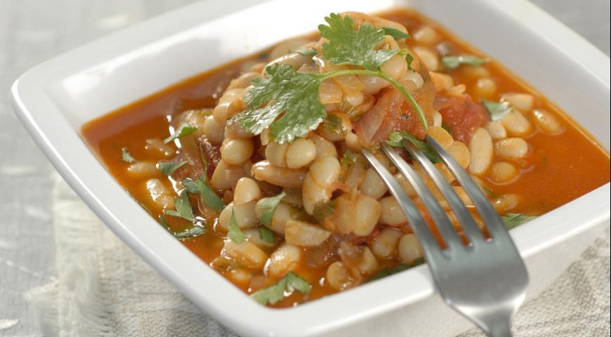 Рецепт Фасоль в остром томатном соусе