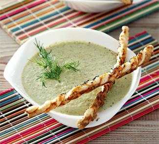 Рецепт Суп-пюре из брокколи с маковыми палочками