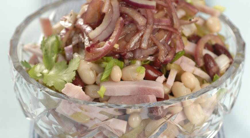 Рецепт Салат из фасоли с бужениной