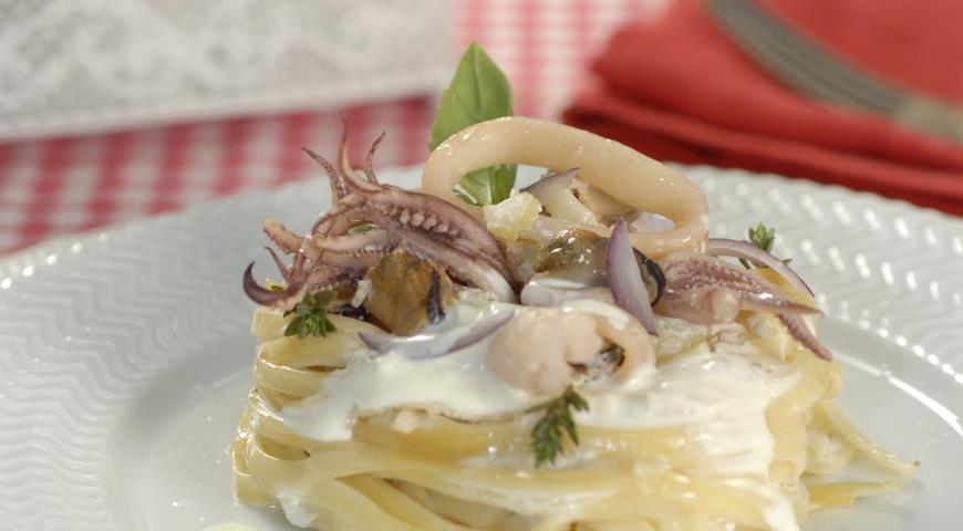 Рецепт Гнезда с морским ассорти