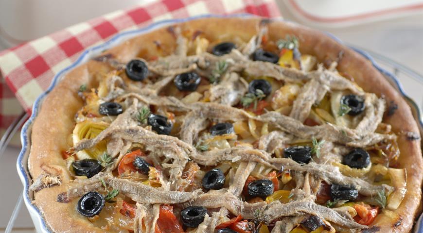 Рецепт Писсаладьер, французский луковый пирог