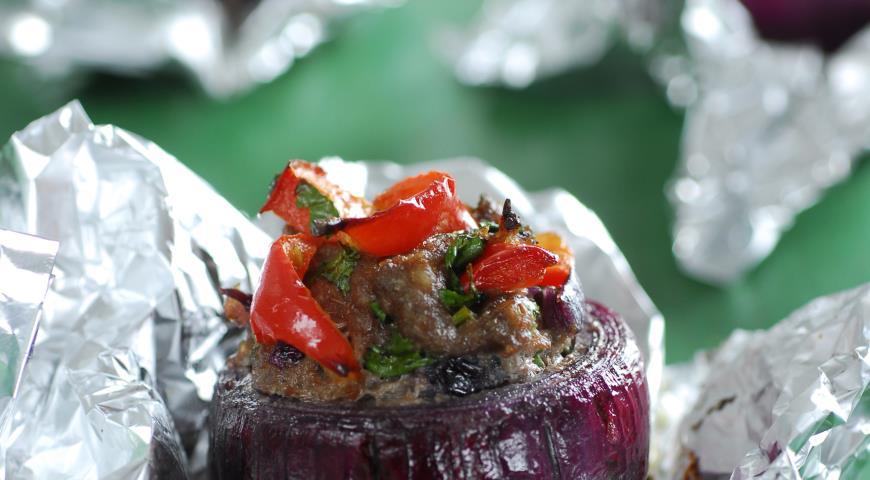 Рецепт Сладкий лук, фаршированный бараниной