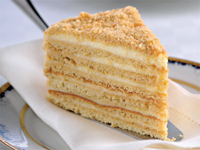 Сколько надо времени чтобы медовый торт пропитался надо убрать в холодильник