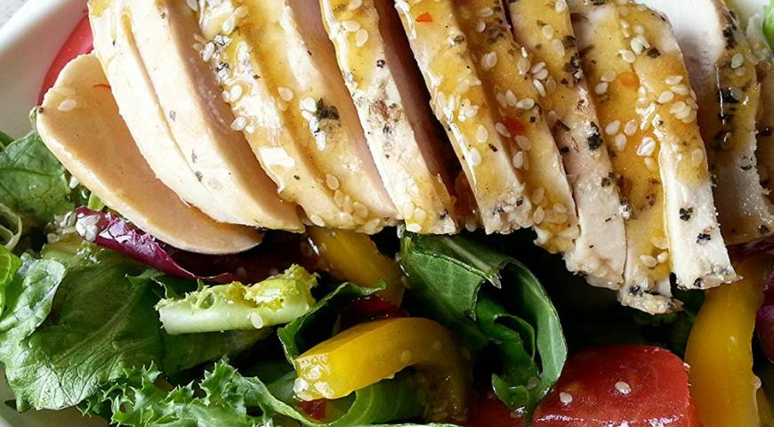Рецепт Салат с кунжутно-устричным соусом