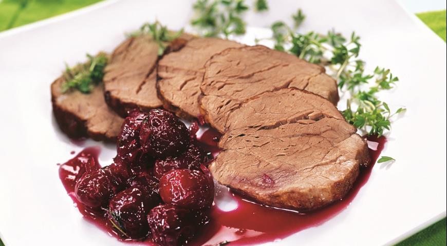 Рецепт Говядина с вишневым соусом