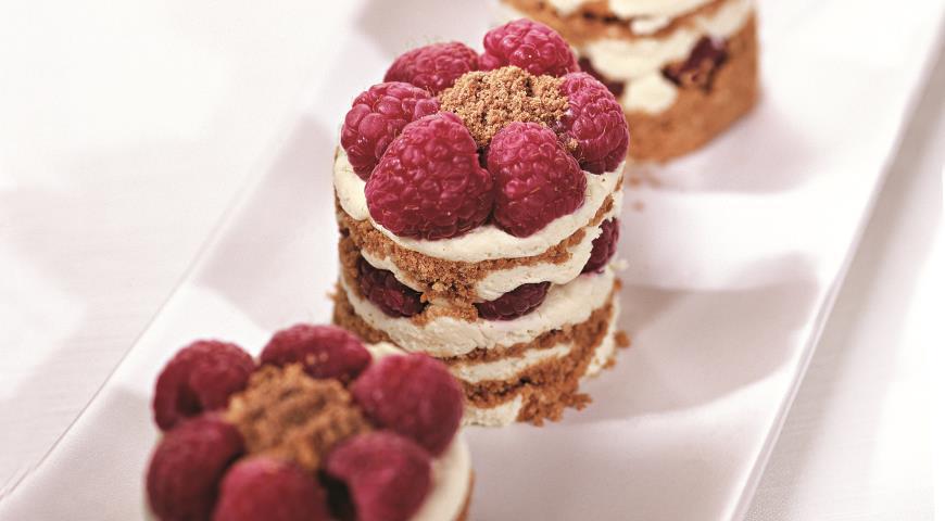 Рецепт Пирожные с малиной