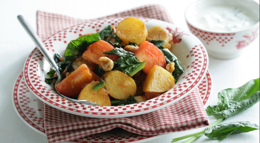 Рецепт Молодой картофель со шпинатом и карри