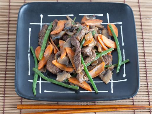 Рецепт Овощи с мясом и грибами по-китайски