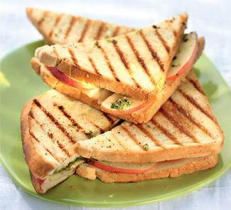 Рецепт Горячий сэндвич с сыром и яблоками
