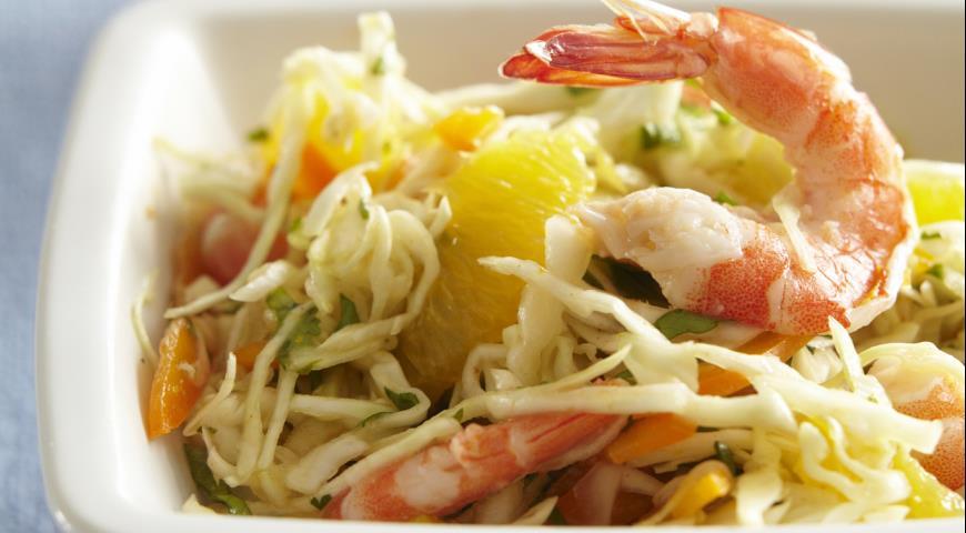 Рецепт Капустный салат с кокосово-кунжутной заправкой